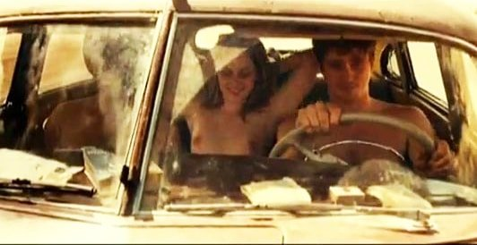 Kristen Stewart Topless On The Road