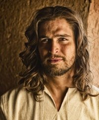 Diogo Morgado, the latest blond Christ
