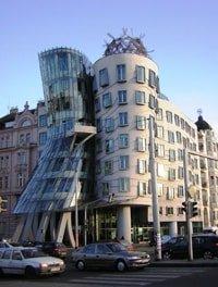 Frank Ghery Dancing Building