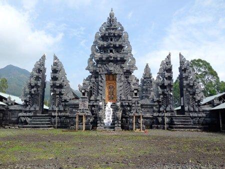 Concrete temple Bali