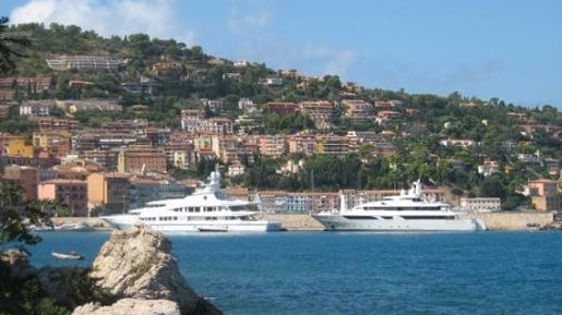 Porto Santo Stefano with the hill behind.
