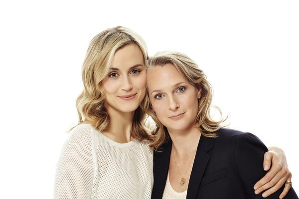 Taylor Schilling with the real Piper Kerman.